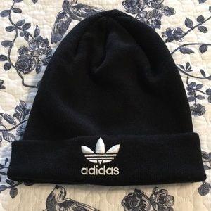 adidas 100%acrylic Hat 🎩